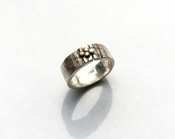 SALE! Counting the Days - Lightly Oxydized Ring - Sculpted - 1.8mm Thick - 8mm Wide - Sterling Silver .925 - Size 10 US