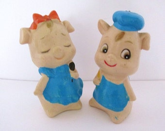 Vintage Piggy Boy and Girl Salt and Pepper Shakers Plastic 3.5in Tall