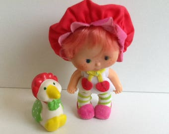 CHERRY CUDDLER w/ Gooseberry Vintage Strawberry Shortcake Doll