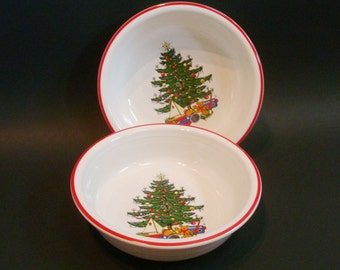 """2 Fiesta Christmas Tree Nappy 7"""" Bowls for Cuthbertson"""