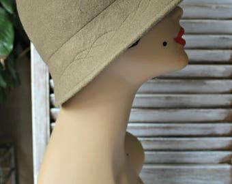 Vintage. Olive green/wool/hat. Nice hat! 1960s.
