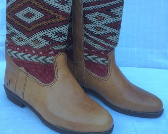 Handcraft kilim leather boots