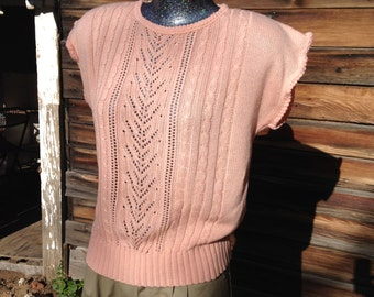 Vintage Peach Medium Large Lightweight Loose knit Sweater Short Sleeved 1980s 1990s 80s 90s Preppy Classic Romantic Girly