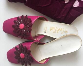 Vintage Carol Brent Slides Hot Pink with Flower size 6 N Retro 1960s