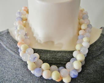 Vintage lucite summer beads, lucite moonglow necklace, lucite marbled necklace, dreamy lucite necklace, 1950's necklace, 50's bead necklace