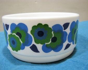 Vintage Bowl Arcopal France – 1960s 1970s Flower Power – Décor Lotus Hippie Style – Blue & Green Blossom – Müsli Ice Dessert Cereals Dish
