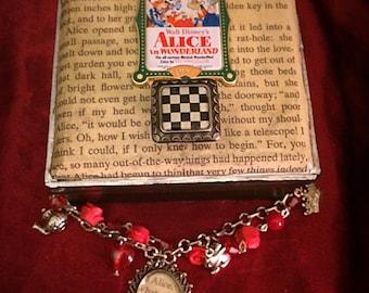 Alice In Wonderland Charm Bracelet and Jewelry Box Set