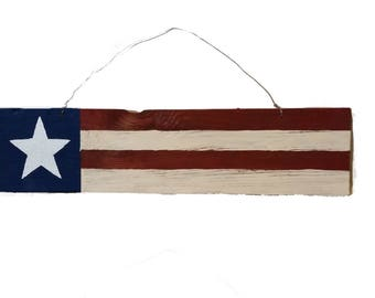 Rustic Patriotic American Flag Sign - Memorial Day Decor - Upcycled Barn Wood - 4th July door hanger - red white blue - Wooden Pallet