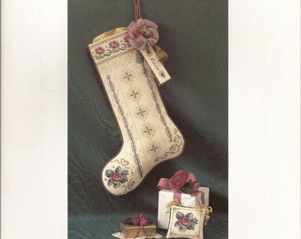 Roses for Stl Nicholas, Counted Thread Cross Stitch Designs. Just Nan., Vintage 1995