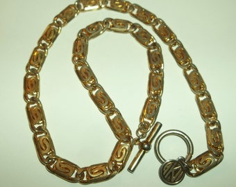 Vintage AK Anne Klein Chunky Gold tone  Chain Necklace w/Toggle Clasp