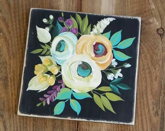 Floral handpainted decor