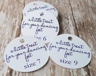 A little treat for your dancing feet tag, flip flop tag, shoe tag, wedding favor, wedding tag, custom tag, flip flop size tag (119n)