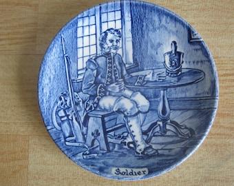 "Enoch Wedgwood Tunstall Ltd ""Soldier"" Pin dish"