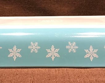 Pyrex Turquoise Space Saver with White Snowflakes - #548-B. No lid