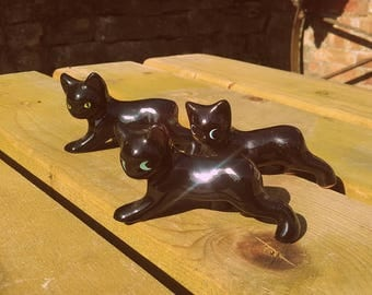 Vintage Mid century Ceramic Crawling black kitten figurines  3