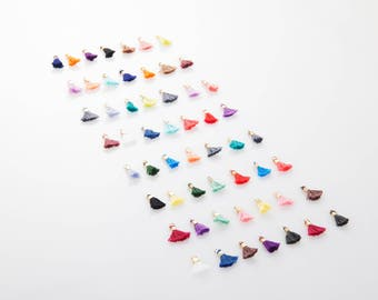 28 - Kind Mini Thread(Large) Samples , Tassel Pendant, Polished Gold-Plated - 28 Pieces [P0497-PG]