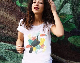 Clearance. White T-shirt cotton biological printed in Aix en Provence. Toucan, tropical and exotic pattern. Women short sleeve tshirt