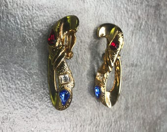 Vintage Estate Gold Tone Blue Red White Clip On Earring