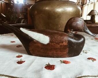 vintage hand carved wooden duck/ducks/ duck decor/vintage/bookshelf decor