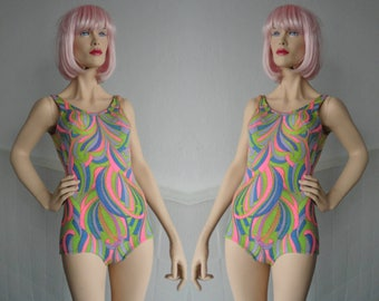 Fantastic 60s 70s Psychedelic Vintage Swimsuit // Strong Colors