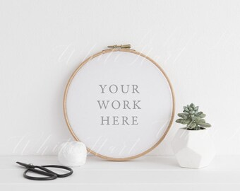 Styled stock photography - Embroidery hoop botanical mockup - Modern and feminine - PSD Smart Object + Jpeg + Png files included.