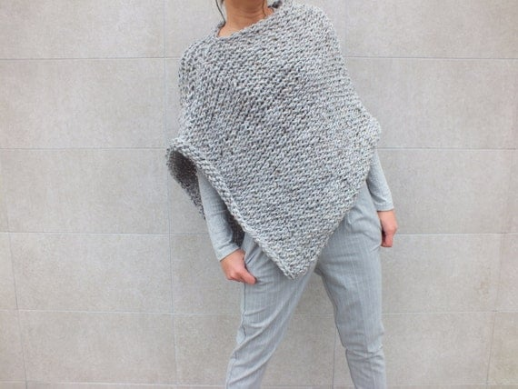 Easy Knitting Patterns For Beginners Poncho : Pattern Poncho - Easy to knit poncho pattern -Beginner ...