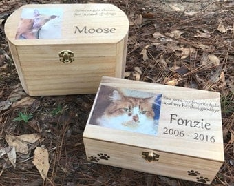 Custom pet urn, personalized pet urn, pet urn, dog urn, cat urn, pet ashes, pet memorial, animal urn, wooden pet urn, custom wooden urn