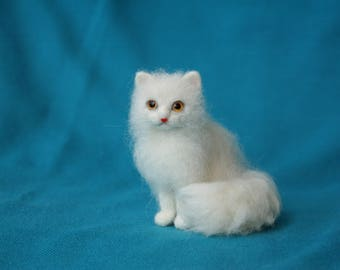 Miniature Cat. Dollhouse Miniature White Cat. Dollhouse Realistic Cat. Neddle Felted Cat. Ready to Ship.