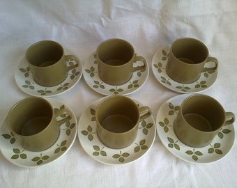 NOW REDUCED Meakin Tuliptime Cups and Saucers Set of 6