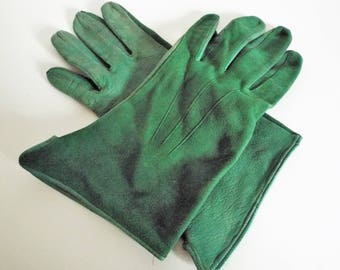 VINTAGE LADIES 1950's Rich Green Gloves with Splayed Wrist with Suede backs and leather plams  very unusual