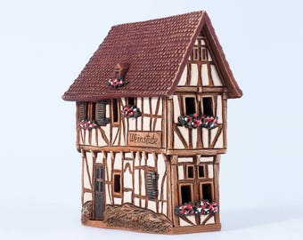 "Ceramic incense burner ""Spitzhaus in Bernkastel-Kues, Germany"". Handmade by Midene  (R255)"
