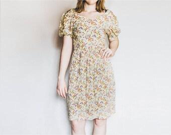 Vintage Summer Dress, Yellow Flower Dress, Floral Dress, Midi Dress, Low Back Dress, Open Back Dress, Casual Dress, Day Dress, Sundress