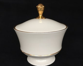 Lenox Eternal Cream Covered Candy Dish or Nut Dish with 24-K Gold Trim