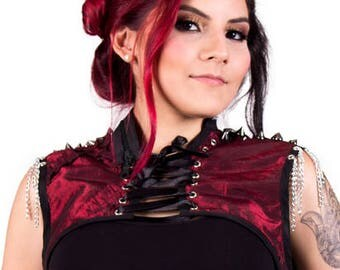 Corset Sleeveless Bolero Jacket. Spiked Shrugs wit Zipper Neck and Chains on the Shoulder. Perfect outfit for a Gothic Bellydance Costume