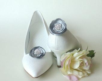 EtsyHochzeit accessory fabric fabric flower shoe clip gray satin flower bag clip Kravattenclip