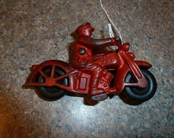 Vintage Hubley Cast Iron Motorcycle Policeman