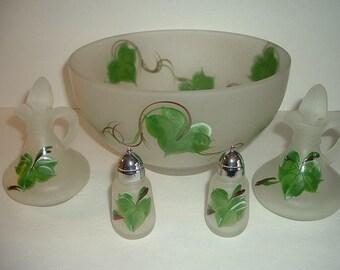 Vintage Hazel Atlas Handpainted Ivy 5 Pc Salad or Serving Set