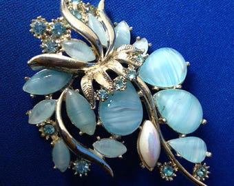 1950s Exquisite Blue Glass & Rhinestone Brooch