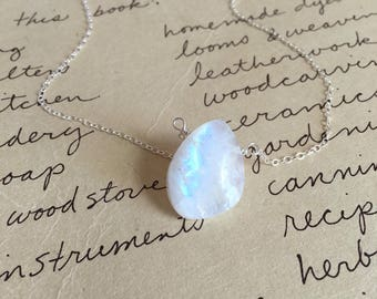 Moonstone Necklace - Moonstone Jewelry - Moonstone - June Birthstone Jewelry - June Birthstone Necklace - Rainbow Moonstone