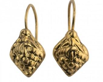 Vintage hollow vermeil repousse earrings in grape design Portugal. ervn880(e)