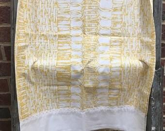 Vintage Retro yellow bamboo standard pillowcase