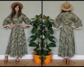 Vintage 1970's Elmoor Boho Angel Sleeve Maxi Dress Size S/M