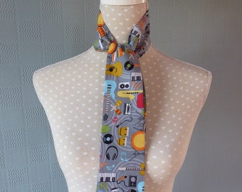 cotton skinny scarf, mod thin scarf, thin cotton scarf, multi coloured scarf with musical theme