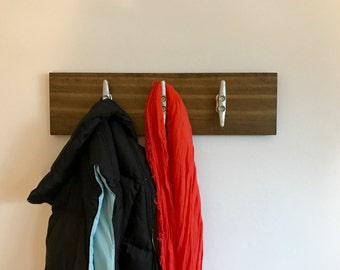 Nautical coat rack with 3 cleats