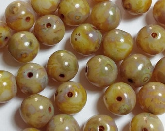 10pcs Czech Glass Beads - 8mm Beads - Round Beads - Yellow Luster - GB291