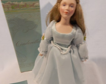 "Vintage Avon ""Cinderella"" Porcelain Doll"