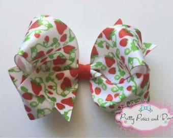 Strawberry Hair Bow, Strawberries, Girl Gift, 4 inch Hair Bow