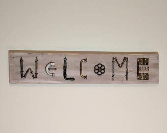 Sign - WELCOME Wall Sign - Made from Recycled Pallet Wood and Old Rusty Tools - Wall Hanging - Art