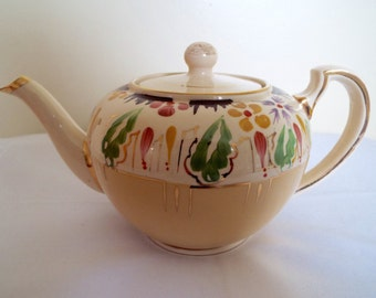 Vintage Tea Pot. 1930s English Lingard Ware Teapot. Yellow Teapot With Hand Painted Flowers. Holds 6 cups. Perfect For Afternoon Tea!