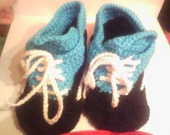Crocheted low top sneaker slippers,Women's size 7-8,sneaker slippers,handmade gift,ready to ship